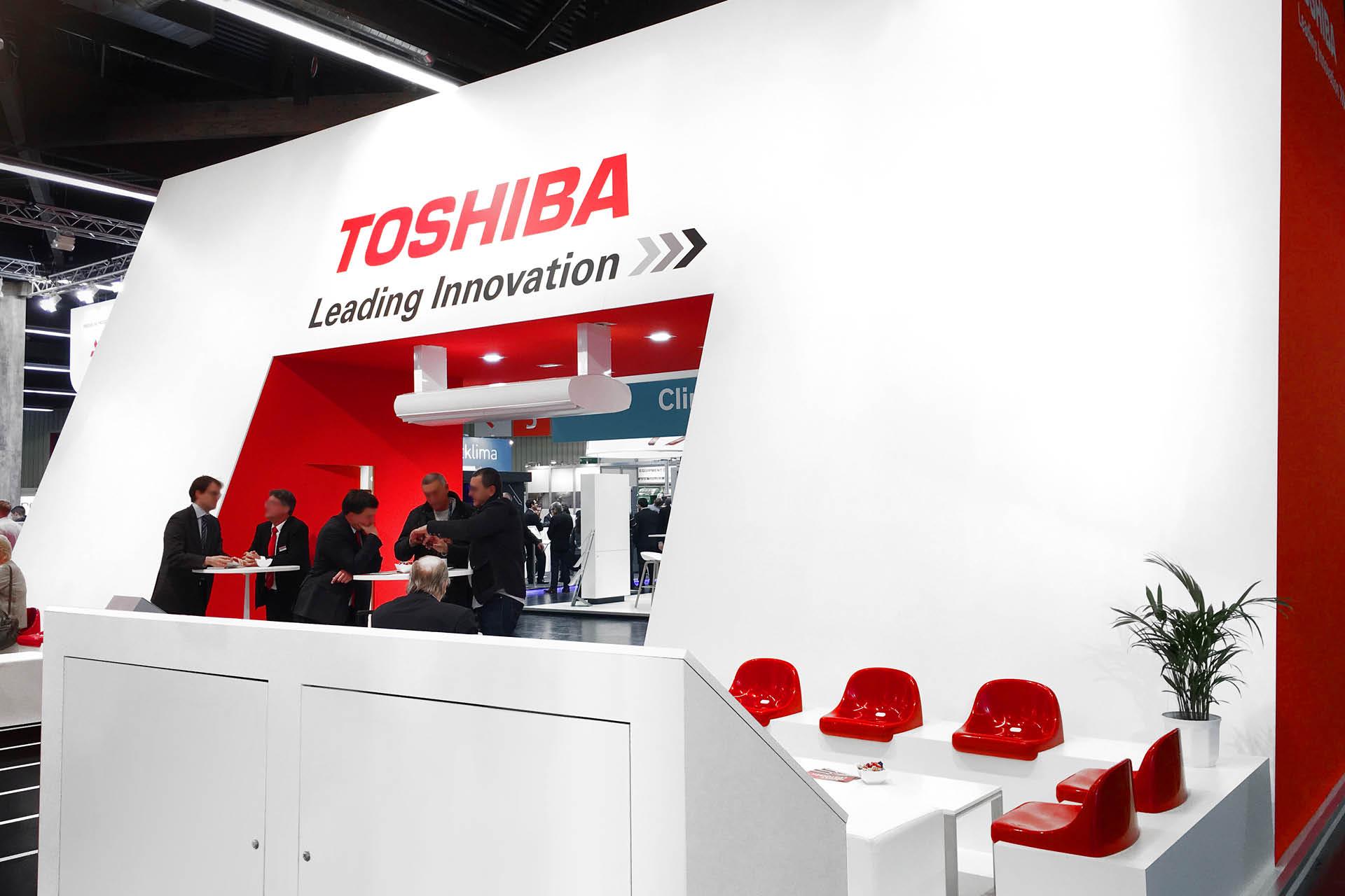 Toshiba Klimasysteme Messestand Besprechungsbereich